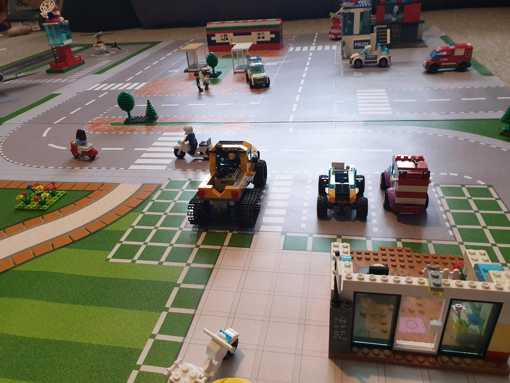 speelmat lego fiends