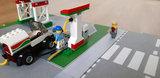 60257 Benzinestation op een speelmat